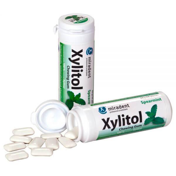 miradent Xylit-Kaugummi Spearmint (mild)