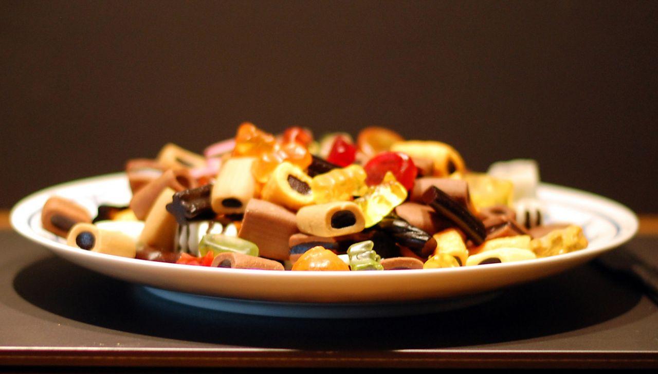 Gesund-und-schlank-was-tun-gegen-heisshunger